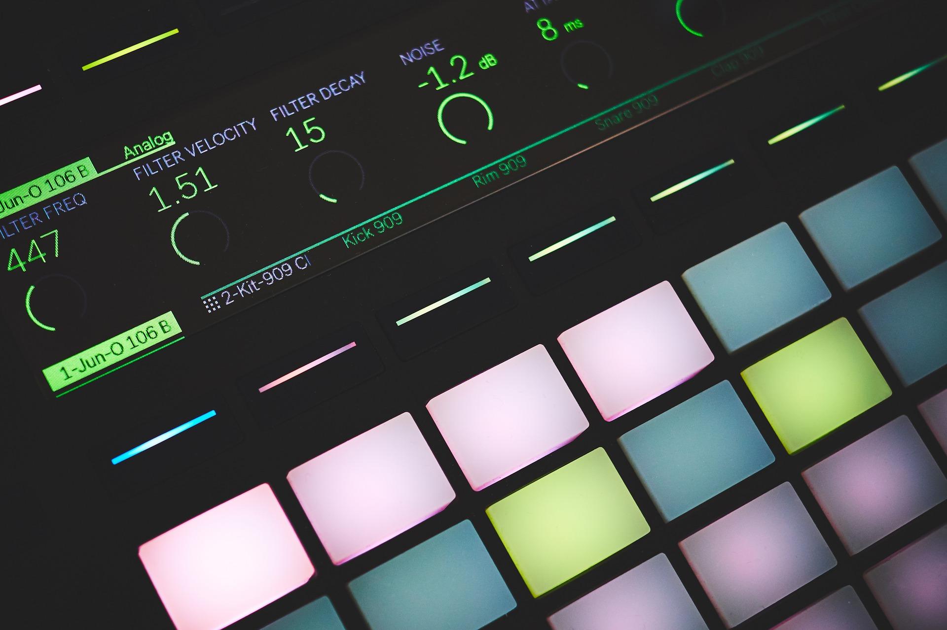 Moderne  Elektronisk  Musikk
